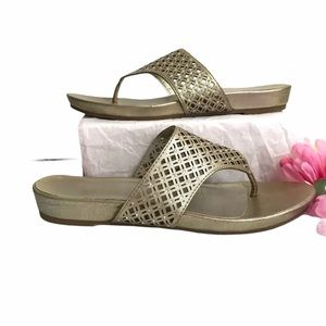 MADELINE Sandals Shoes Silver Metallic Flats